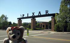 El oso mitómano: Ovedito visita los estudios Pixar