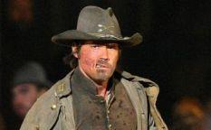 Espresso: Josh Brolin, vaquero anti-heroe desfigurado