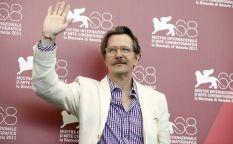 """Venecia 2011: La sobriedad y minuciosidad de """"El topo"""" y un gran Gary Oldman encandilan en la Mostra"""