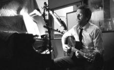 Espresso: Hugh Laurie viene de gira a España