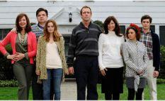 """Espresso: Trailer de """"The oranges"""", la tentación de Hugh Laurie"""