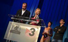 Sitges 2012: Dee Wallace revolotea como una bruja, novios malditos y viajes en el tiempo