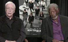 Todo es cine: Morgan Freeman se duerme en plena entrevista