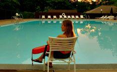 """Espresso: Trailer de """"The lifeguard"""", Kristen Bell se hace socorrista"""