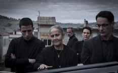 Venecia 2014: Los estragos de la mafia familiar, especulación inmobiliaria y el nuevo disfrutable enredo de Peter Bogdanovich