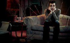 "Cine en serie: ""Man seeking woman"", comedia hiperbólica"