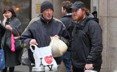 Espresso: Richard Gere se ve obligado a vivir en la calle en