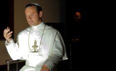 """Cine en serie: """"The young Pope"""", la flaqueza del príncipe"""