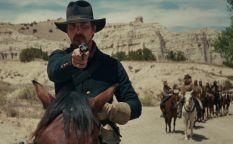 """Espresso: Gavin O'Connor para """"Escuadrón Suicida 2"""", Colin Trevorrow fuera de """"Star Wars IX"""", Hopkins y Pryce en el Vaticano, Christian Bale se pasa al western y Jude Law en lo nuevo de Woody Allen"""