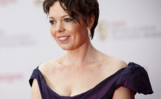 Cine en serie: Olivia Colman recogerá la corona cedida por Claire Foy en