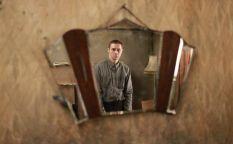Espresso: Un marionetista infantil torturado psicológicamente y el fotógrafo de Mauthausen