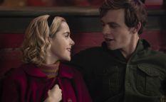 Cine en serie: Deseos y brujas para la nueva Sabrina, librero obsesivo, más