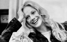 In Memoriam: Sondra Locke, engullida por su relación con Clint Eastwood