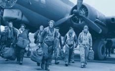 """Cine en serie: """"Masters of the air"""" aterriza en Apple, reparto para lo nuevo de Julian Fellowes, Andrew Scott es el nuevo Ripley, """"Misery"""" en """"Castle Rock"""", """"Alex Rider"""", """"El método Kominsky"""" y romances modernos"""