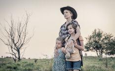 Sitges 2019: De hijas adoptivas a manos con vida