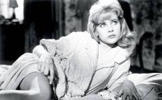 """In Memoriam: Sue Lyon, la """"Lolita"""" que convenció a Kubrick y Nabokov"""
