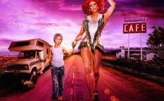 "Cine en serie: ""AJ and The Queen"", adolescente insoportable con drag queen"
