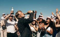 Espresso: El alcoholismo según Vinterberg, ruta irlandesa entre padre e hijo, Kevin James cambia de tercio, el biopic de Fassbinder y las fechas del Festival de Málaga 2020