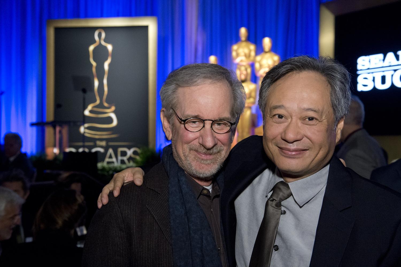 PREMIOS >> The Oscars 2013 (Ganadores Pág. 4) - Página 3 ConexionOscar2013AlmuerzonominadosSpielbergLee