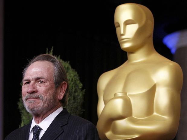 PREMIOS >> The Oscars 2013 (Ganadores Pág. 4) - Página 3 ConexionOscar2013AlmuerzonominadosTommyLeeJones