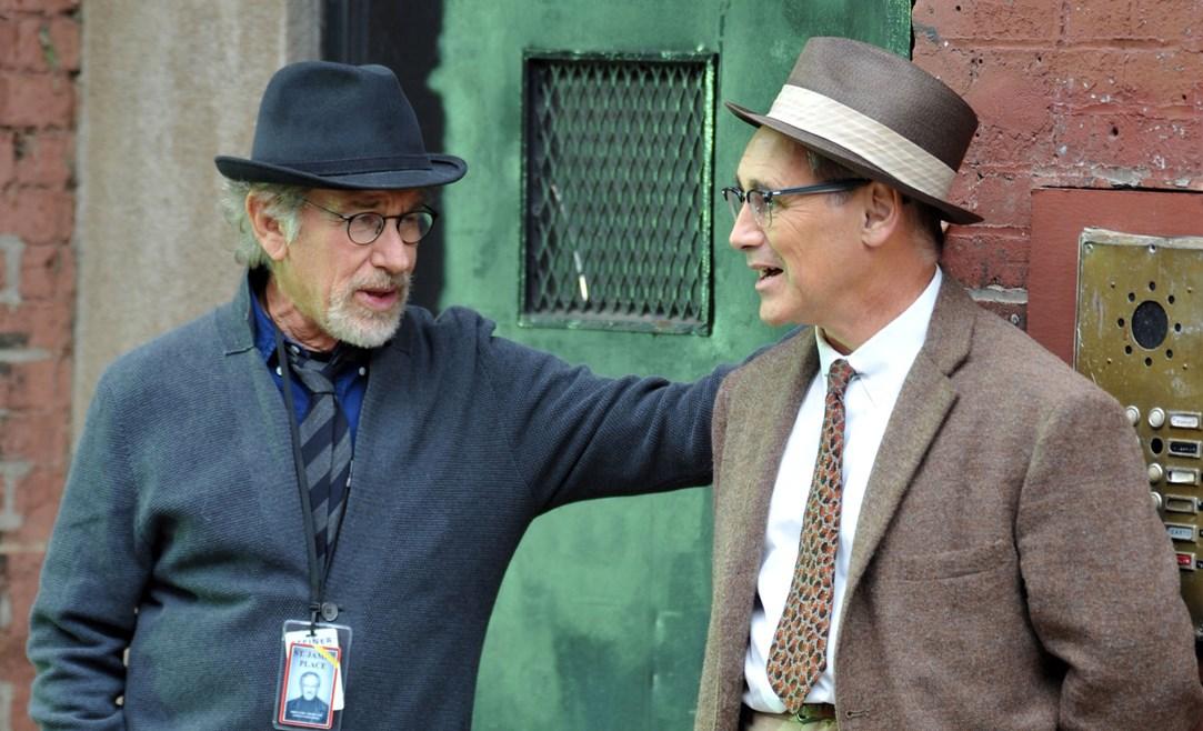 Mark Rylance y Steven Spielberg durante el rodaje de El puente de los espías