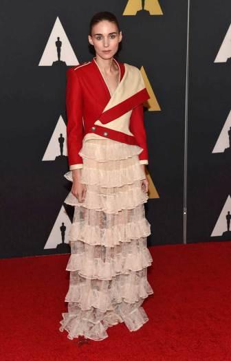 Oscar2015HonorificosRooneyMara