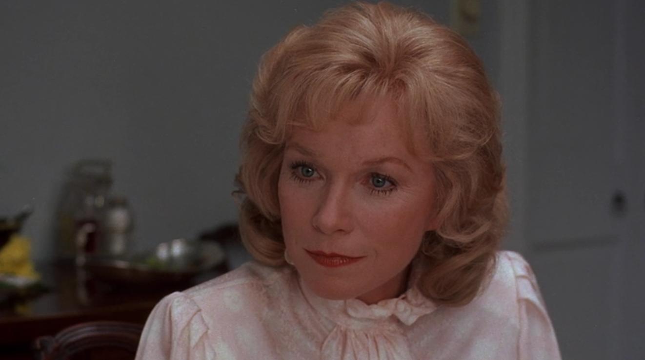 Shirley MacLaine en La fuerza del cariño