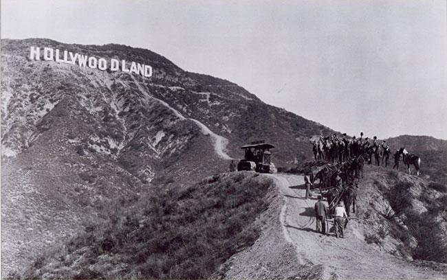 Hollywoodland-y-los-orígenes-de-la-meca-del-cine